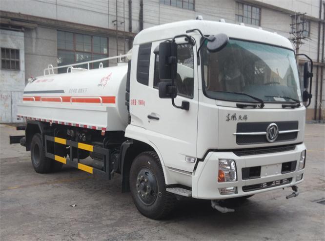 国五东风天锦8.5吨绿化喷洒车